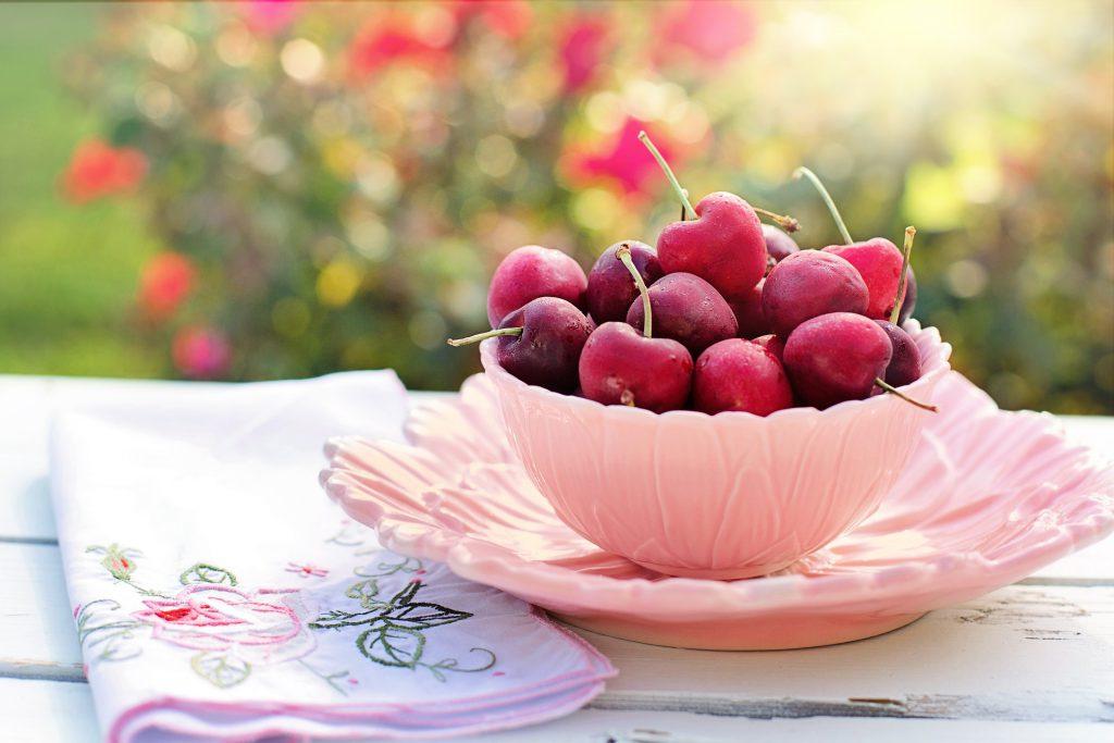 cherries-2402449_1920